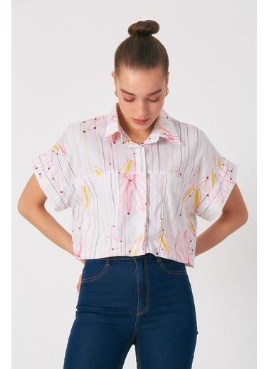 Robin Cep Detaylı Çiçek Desenli Gömlek Pembe Pembe